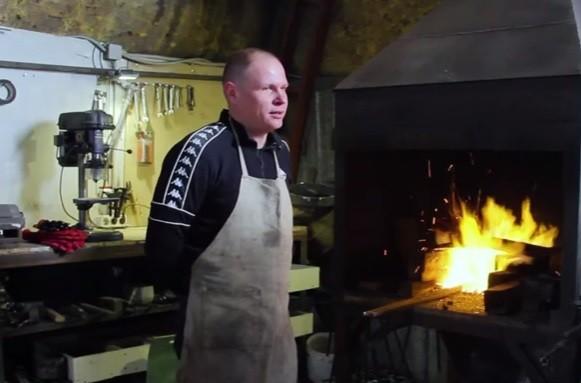 Огонь кузнеца - видео